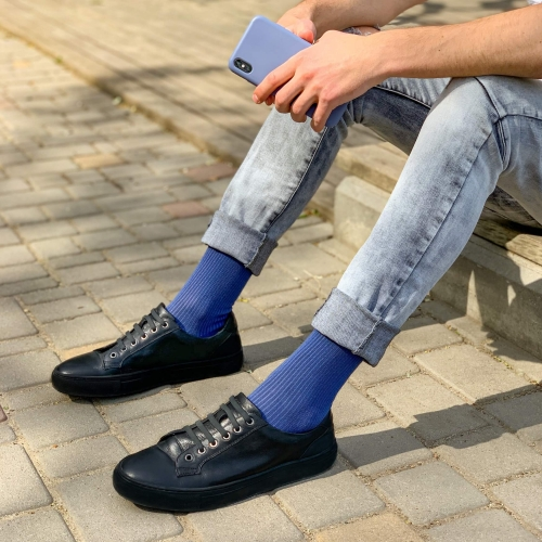 "Collection ""Rib"" High plain blue slim socks"